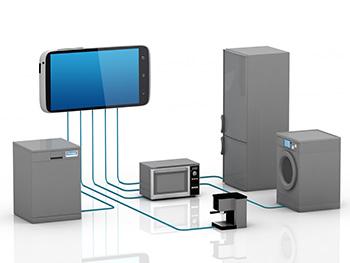 Een mobile telefoon die verbonden is met allerlei huishoudelijke aparatuur, een grafische weergave van M2M diensten